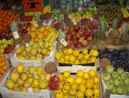 Obst bei einem Straßenhändler
