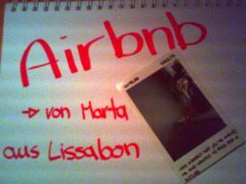 Airbnb - Gastgeschenk von Marta aus Lissabon: ein Polaroid von ihrem Maskottchen auf meiner Fensterbank