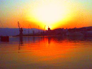 Rijeka - Sonnenuntergang am Hafen