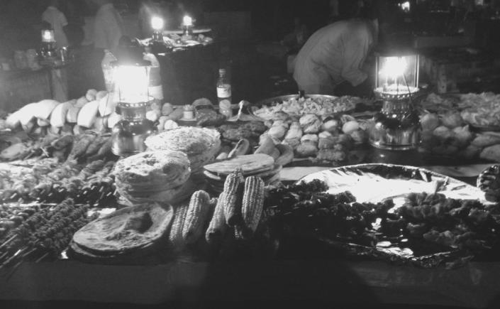 Stand auf dem Nachtmarkt in Stone Town