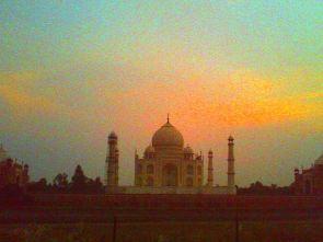 Taj Mahal weit weg